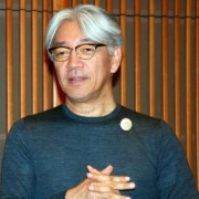 Komposer Ryuichi Sakamoto Didiagnosis Mengidap Penyakit Kanker Rektum 9