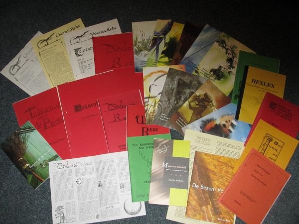 Een collage van een aantal publicaties die SIlver Circle sinds 1979 uitgaf.