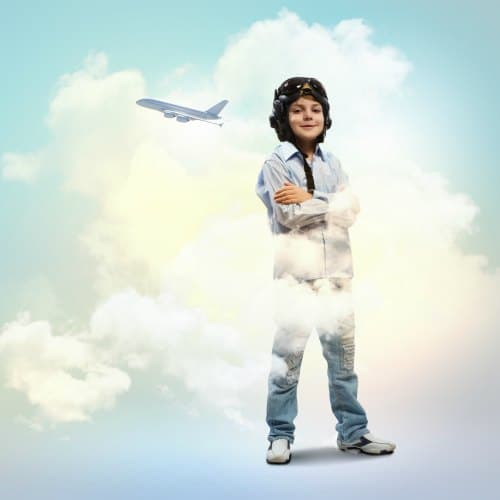 Child dreaming of flying, being a pilot, aviation - Free young eagles flights for kids in wichita