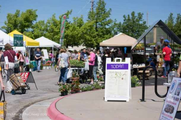 Farmers Market Began Its 2009 Season >> Farmers Markets In Wichita