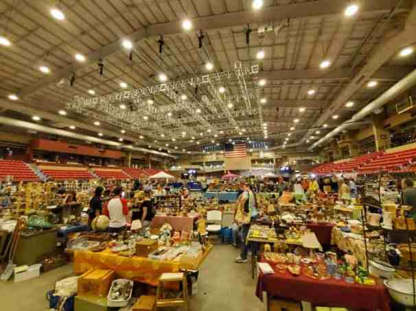 wichita flea market ks star arena 2019 (1)