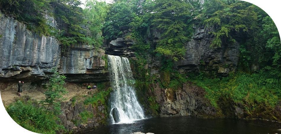 Waterfalls-Walk-Yorkshire-Dales
