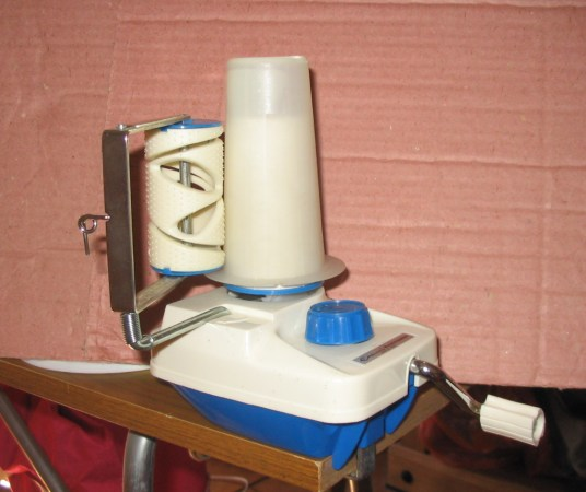 Knitmaster compact winder