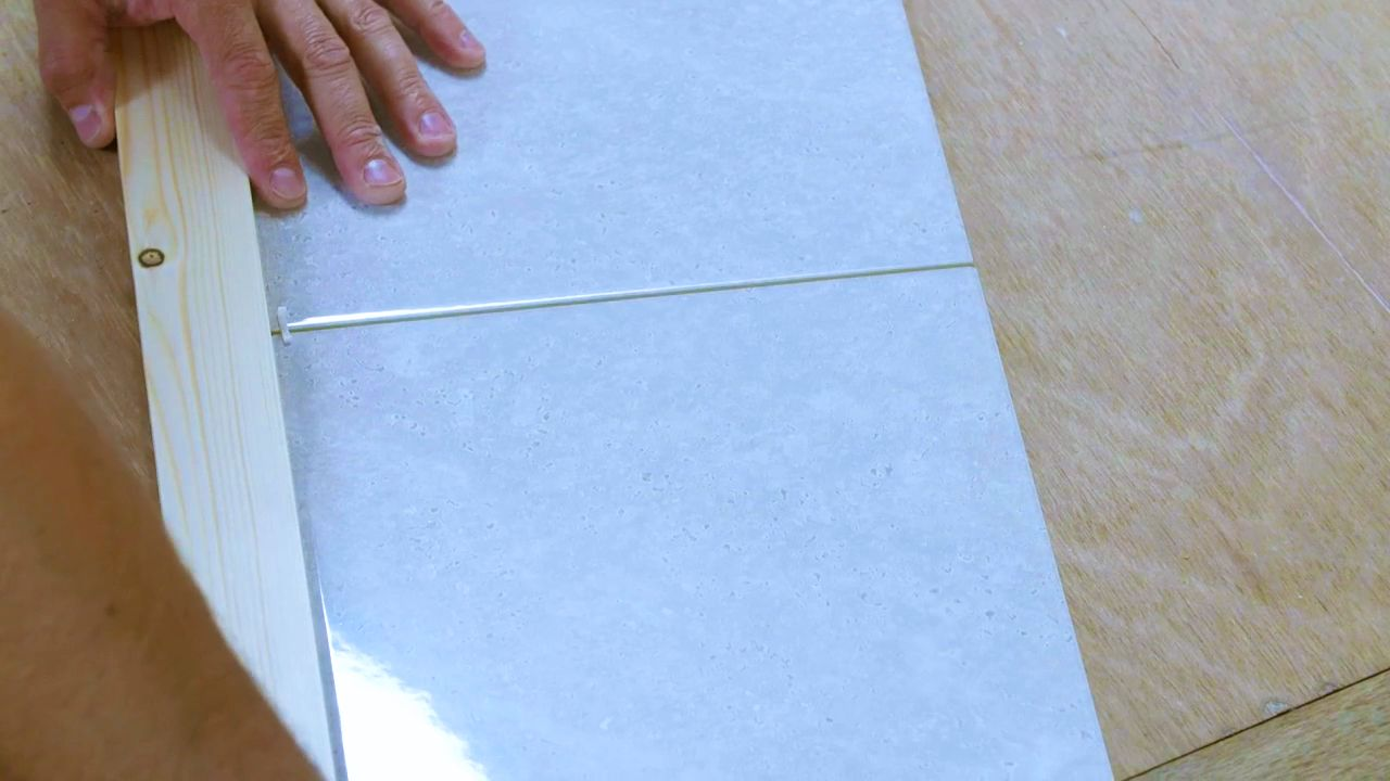 how to tile a wall tiling a wall wickes