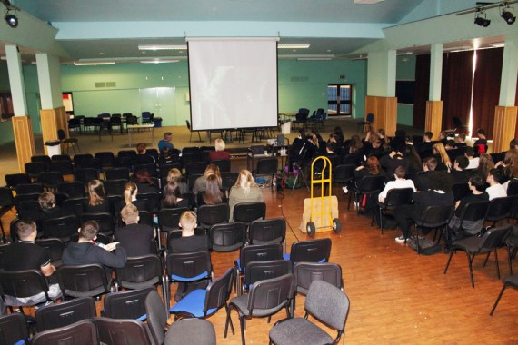 Duane delivers his lecture to WHS pupils