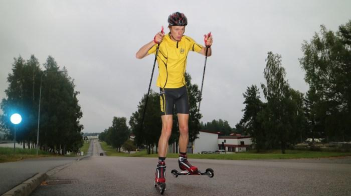 Erik skejt. Foto: Mikael Ragneheim.