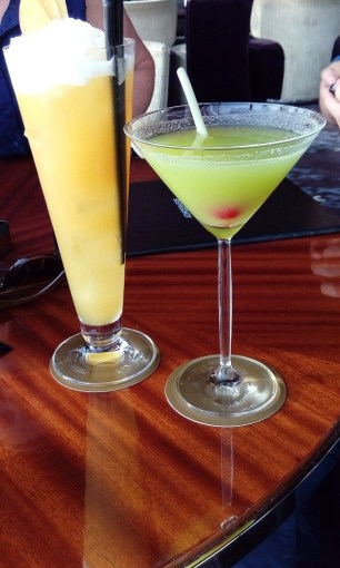 cocktail atmosphere