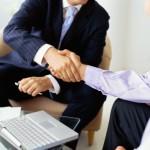 AVA AG verklagt Versicherungsnehmer