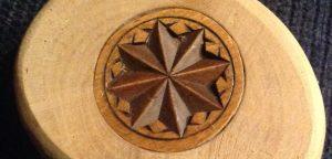 gebedsnoot houtsnijwerk