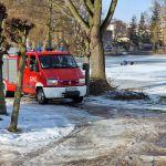 Akcja strażaków na jeziorze Więcborskim