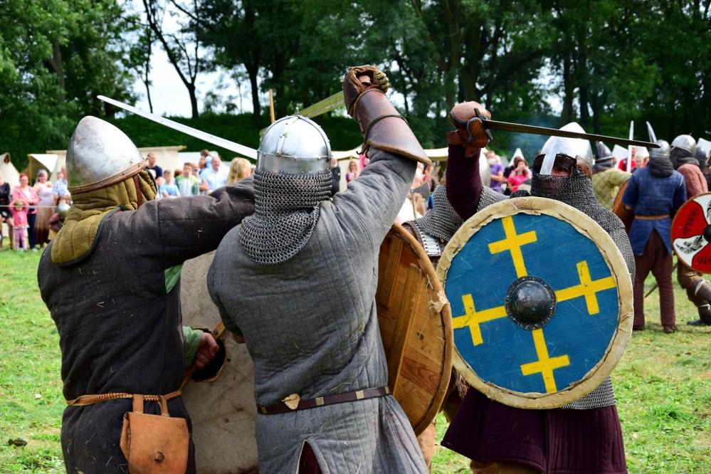 Grzybowski Turniej Wojów. Rekonstrukcja bitwy wojowników z 10 i 11 wieku.
