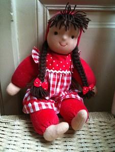 Käthe Kruse Waldorf Puppe Schatzi rot