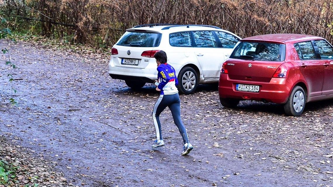 Laufen in Wiesbaden. Den inneren Schweinehund überwinden. Foto: Volker Watschounek