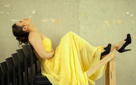 Gloria Rehm sitz