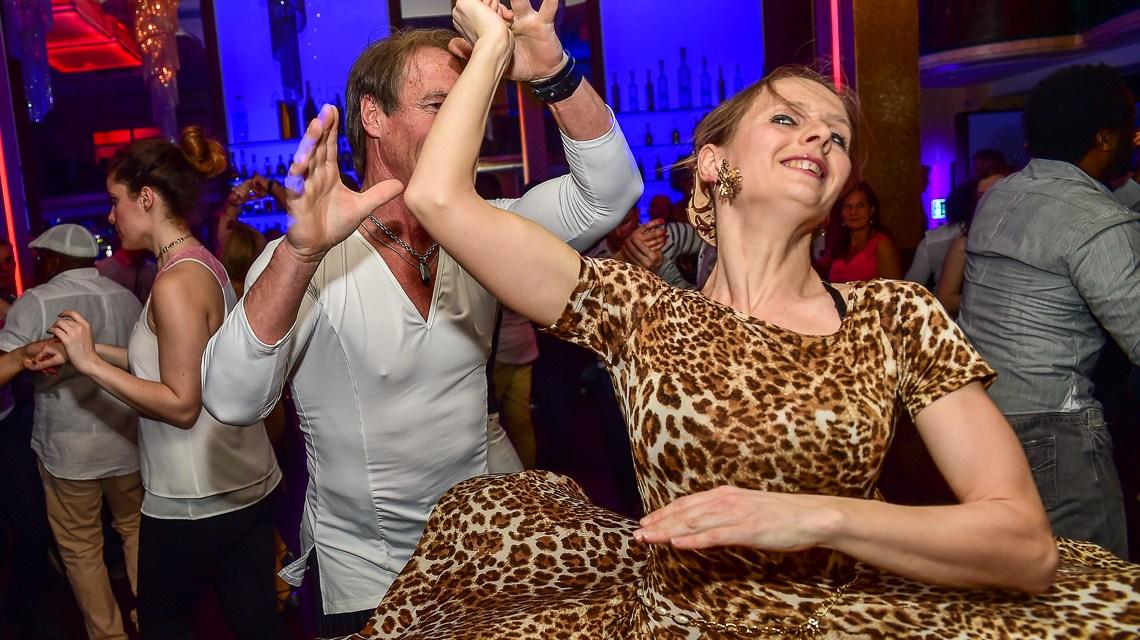 Mittwochs Salsa tanzen in Wiesbaden