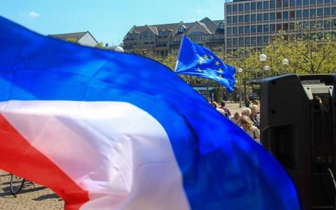 Impressionen von der Pulse of Europe Veranstaltung 2m 30. April in Wiesabden auf dem Dernschen Gelände. Bild: Olaf Klein