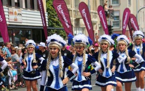 Festzug beim Hessentag in Rüsselsheim mit Festzug mit mehr als 3.800 Teilnehmerinnen. Bild: Pressestelle Hessentag
