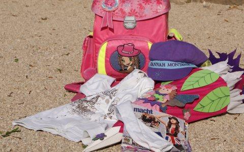 Der erste Schultag will gut vorbereitet sein. Eine Schultüte gehört einfach dazu. Bild: Flickr / CC-BY 2.0 / Simone Meier