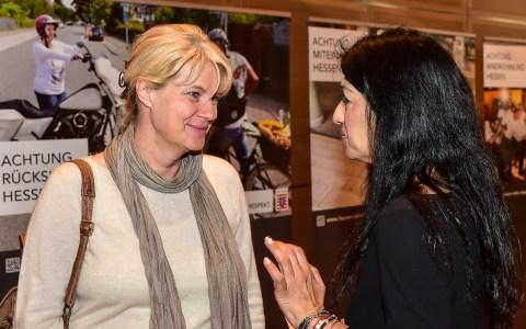 """Nele Neuhaus zu Gast bei der Verleihung """"Menschen des Respekts"""". Bild: Volker Watschounek"""