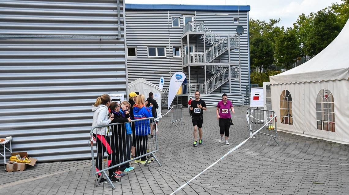 Daniel Dillmann gewinnt Wiesbadener Stadionauf