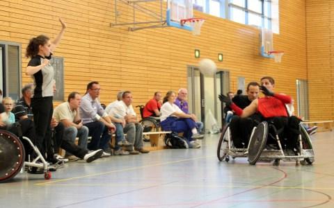 Ballsport mit Handicap. Bild: Eric C. Späte / Flickr