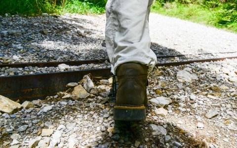 Wiesbadener Wandertage: Wer unbefestigte Wege geht, sollte auf gutes Schuhwerk achten. In und um Wiesbaden ist das nebensächlich. Bild: Volker Watschounek