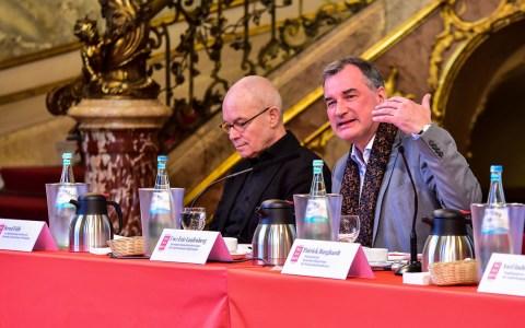 Maifestspiele: Pressekonferenz und Programmvorstellung im Foyer des Hessischen Staatstheaters. ©2018 Volker Watschounek