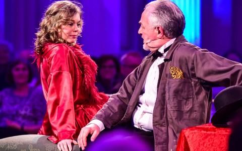 Sabine Gramenz und Klaus Brantzen in der ultimativen Wiesbaden Revue ©2018 Volker Watschounek