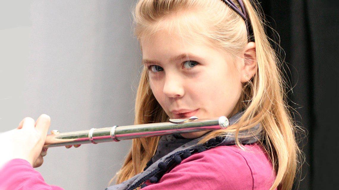 Ein Instrument lernen in der Wiesbadener Musik Akademie. ©2018 Wiesbadener Musik- & Kunstschule e.V.