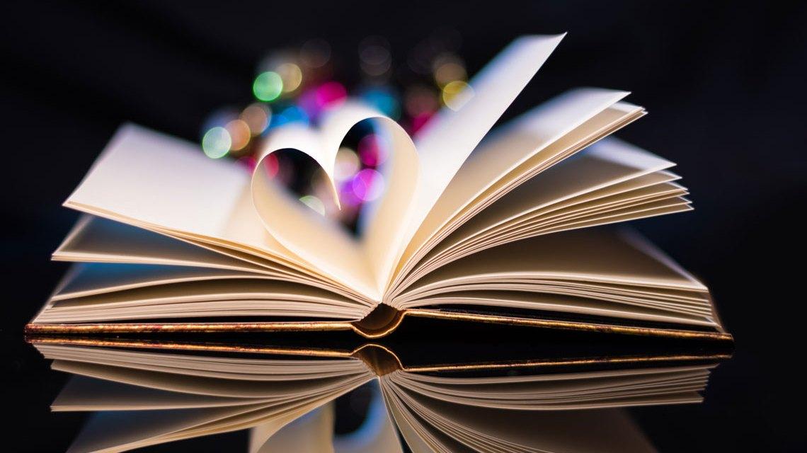 Fantasy Book von Theo Crazzolara. Flickr / Crazzolara / CC-BY-2.0