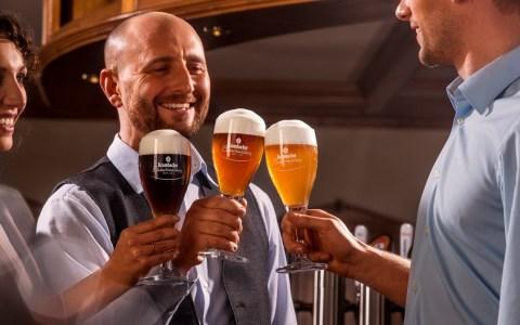 Gewinne eine exklusive Biersomalier-Tour zur Krombacher Brauerei. ©2018 Krombacher Brauerei