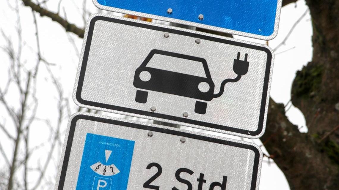 Einweihung der 20. Ladestartion von ESWE Versorgung im Nerotal. ©2018 ESWE Versorgung