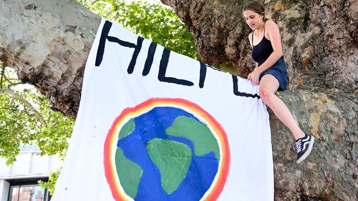 Klimawandel: Spontandemonstration zum Bericht des Weltklimarats