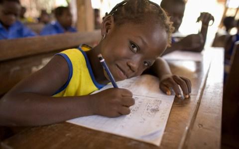Mädchen in Ghana in der Schule ©2019 Plan/Jane Hahn