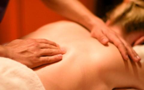 Massage im Aukamm Thermalbad. ©2019 Nick Webb / Flickr / CC BY 2.0
