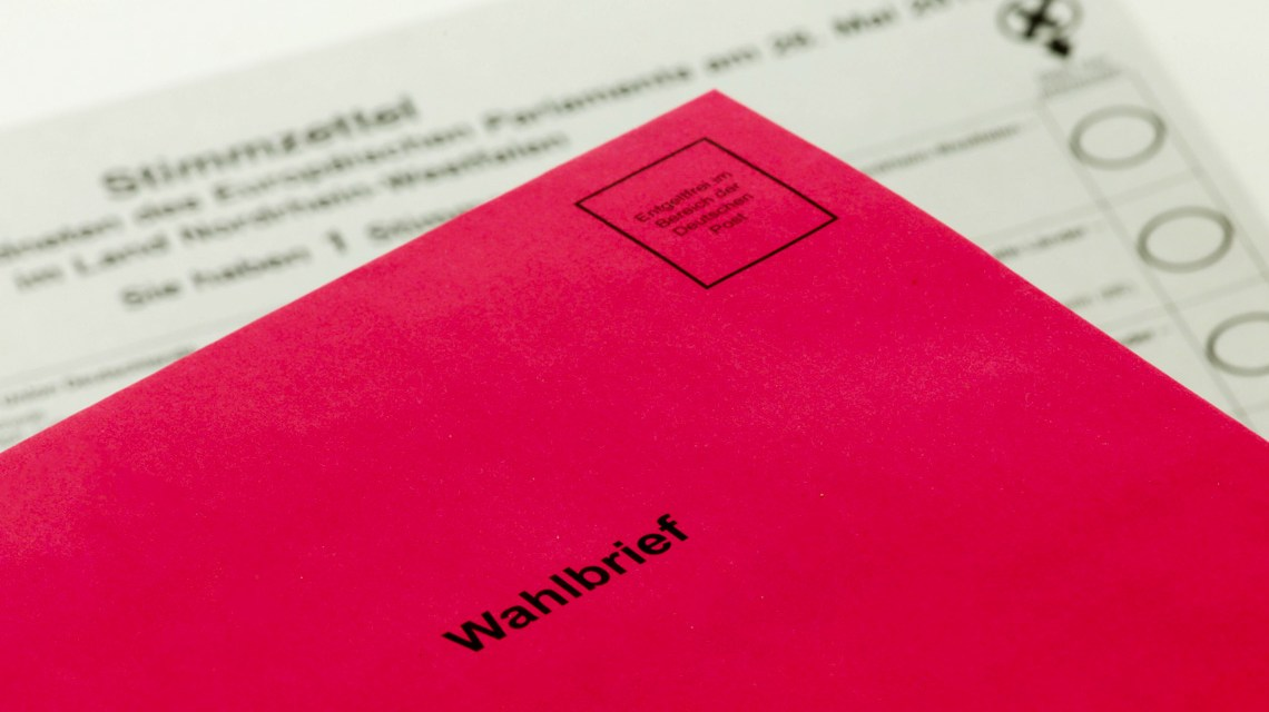 Jugendparlament – Briefwahl.-Tim-Reckmann-flickr-CC-BY-20.Briefwahl