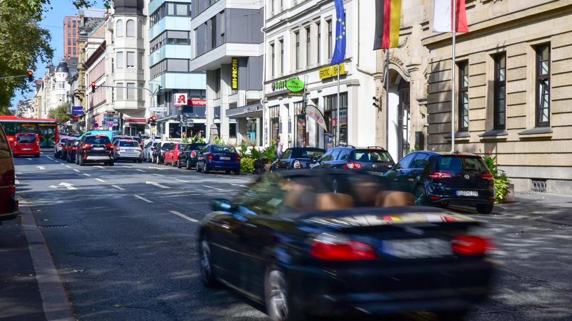 Rheinstraße: Förderprogramm für mehr Begrünung in der Innenstadt