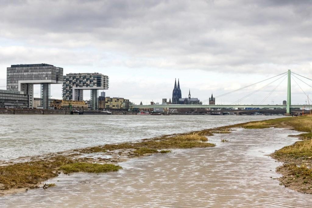 Lweichtes Hochwasser in Köln ©2020 Wetteronlinea