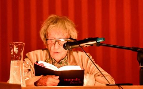 """Ingrid Noll beim """"Krimimärz"""", Zweiterfruehling Foto: Volker Watschounek"""