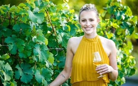 Amtszeit der Rheingauer Weinkönigin Valerie Gorgus wird verlängert