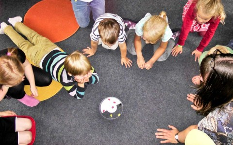 Kindergarten @2020 Iris Hamelmann from Pixabay