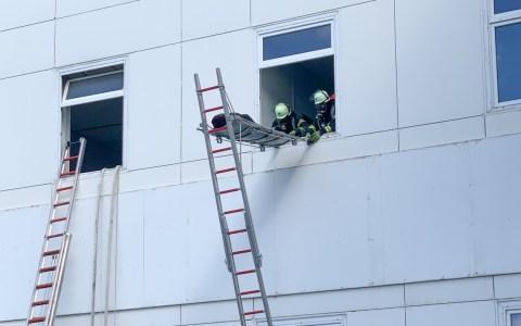 Lidl Deutschland und das Technische Hilfswerk unterstützen die Feuerwehr Wiesbaden