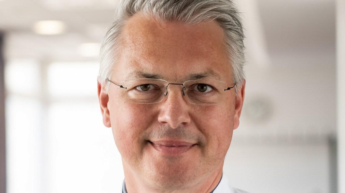 Dr. Wolfgang Blau führt das onkologische Expertenteam der Klinik für Hämatologie