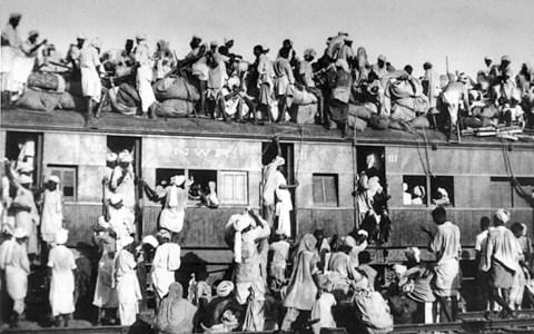 Gedenktag : 1947, Überfüllter Flüchtlingszug (gemeinfrei)