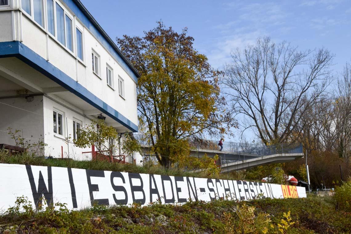 Schierstein DLRG Schriftzug ©2020 Walter Richters