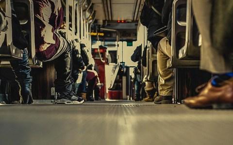 Linienbus ©2020 Free-Photos auf Pixabay