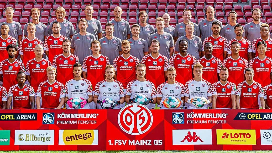 Profimannschaft von Mainz 05 spendet an Bärenherz