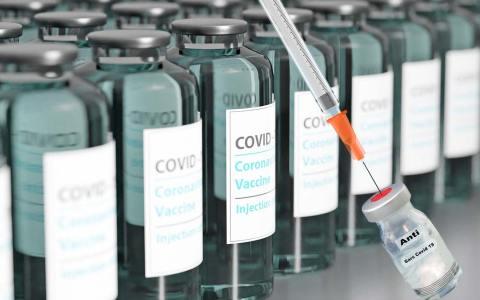Coorona-Impfung ©2021 torstensimon auf Pixabay, impfen