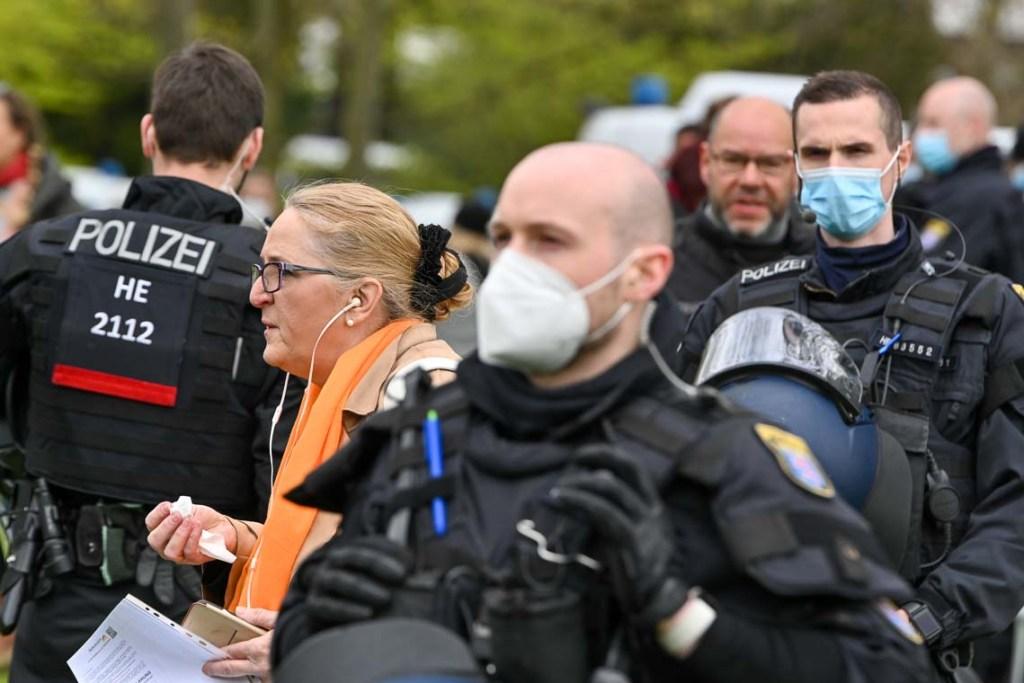 Querdenker Demo in Wiesbaden