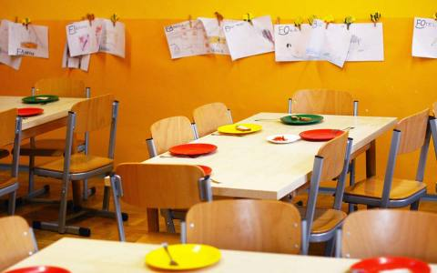 Kindergarten wie ausgestorben, Kinder-Notbetreuung